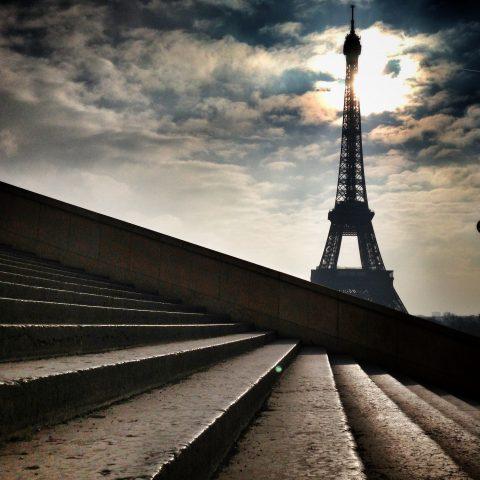 trouver d'autre façon de montrer la célèbre tour